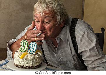 pensionista, fumar, ligado, seu, aniversário,