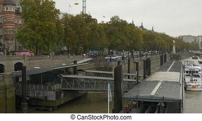 London Thames River Wharf - Touristic ships, boats, stairs...