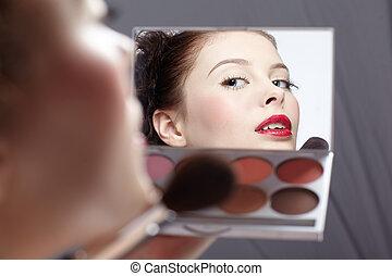 girl\'s make-up