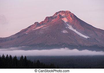 Mt Hood Ski Resort Low Clouds Trillium Lake Oregon Territory...
