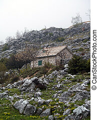 Mountain house - Picture presents a mountain house in autumn...