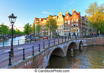 Afternoon canal Amsterdam - Beautiful sunset at the Emperors...