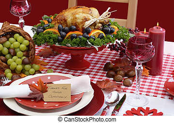 Red and white theme Thanksgiving table. - Red and white...