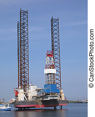 Drilling platform - Drilling rig in repair in harbor...