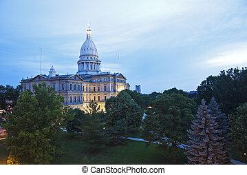 Lansing, Michigan - State Capitol Building - Lansing,...