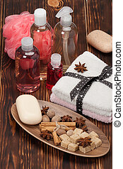 Spa Kit Shampoo, Soap, Body Lotion Towels Spices Wooden...
