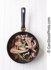 Pan-roasted, cordero, Corta, y, hongos,