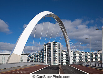 clyde bridge - The Clyde Arc or squinty bridge in Glasgow,...