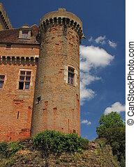 Castelnau Castle , dungeon
