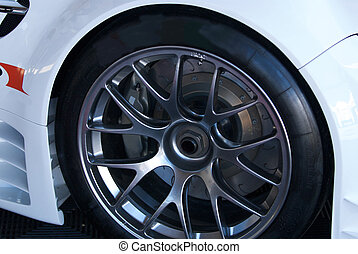 Custom Alloy Wheels - Light weight and strong alloy wheels...