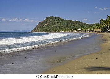 Pacific Ocean beach in Mexico - Pacific Ocean beach in Lo de...