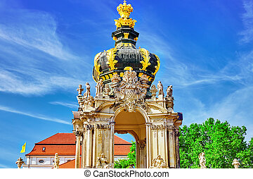 Crown Gate pedestal for the Polish crownZ winger Palace Der...