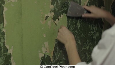 Removal of old wallpapers