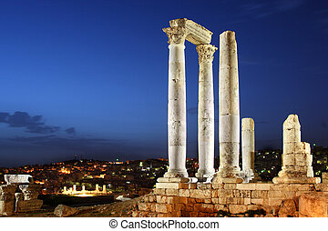 Amman, Jordan, Citadel Jabal al-Qala, the temple of Hercules...