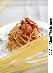 spaghetti with tomato sauce - spaghetti with tomato sauce on...