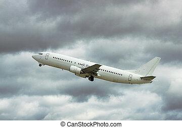 Jet stormy takeoff