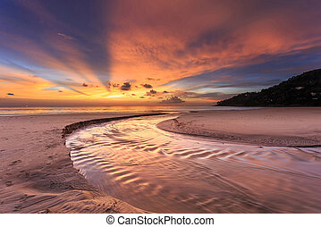 Beautiful sunset at Karon beach, Phuket, Thailand -...