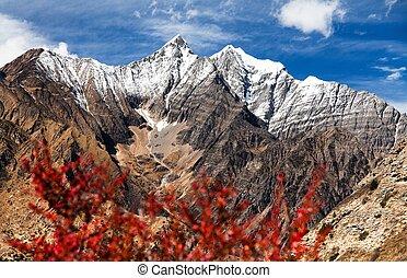 Beautiful mountains near Ringmogaon village - Phoksundo trek...