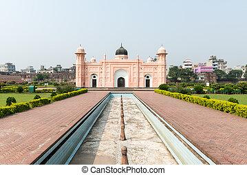 Lalbagh fort - DHAKA, BANGLADESH - November 02, 2013: Famous...