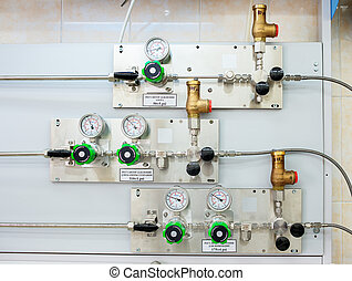Pressure regulator for a combustion chamber, injection, and...