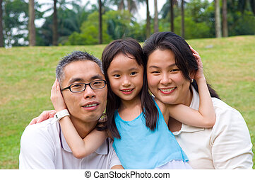 asian family - Outdoor portrait of asian family