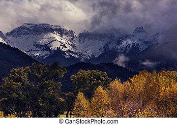 Colorado - Autumn in Colorado mountains