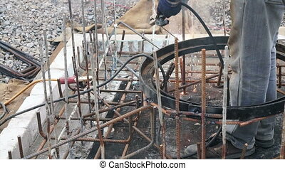 welding metal frame for structure