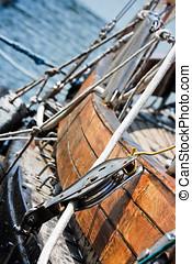 Sailboat pulley