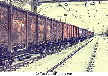 Big cargo transportation by rail - Big cargo transportation...