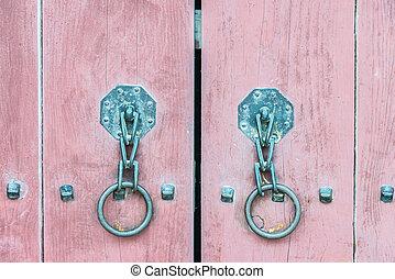 Old metal handle door - Korea style