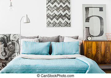 Cozy bedroom with matrimonial bed - Photo of modern cozy...