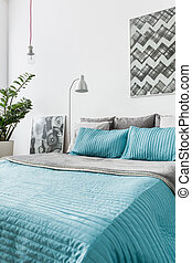 Turquoise decorative bedding - Photo of turquoise decorative...