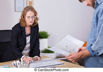 Self-employed woman leading business - Picture of...