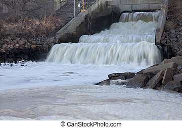 Denver sewer covering river with foam - one of big sewage...