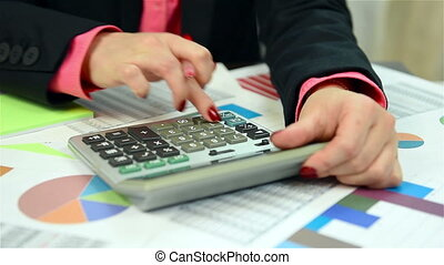 Woman Counts The Annual Report - Businesswoman Counts The...