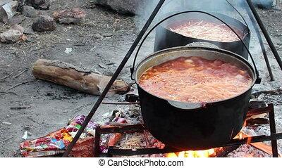 cooking red borsch