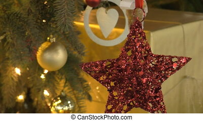 Christmas tree decorations red star