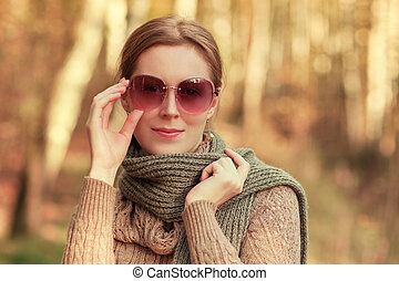 Autumn fashion portrait