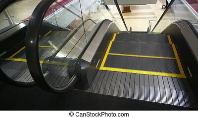 Escalator Top Entrance Handheld - Tight no people handheld...