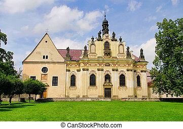 Mnichovo Hradiste convent