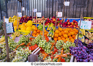 Grocery shop at famous local market Capo in Palermo, Italy -...