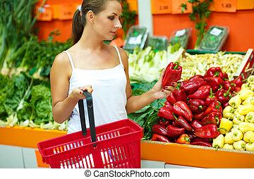 kvinna, inköp, grönsaken, ung,  Supermarket, frukt, avdelning