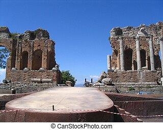 Antique theatre, taormina, etna, sicily, italy