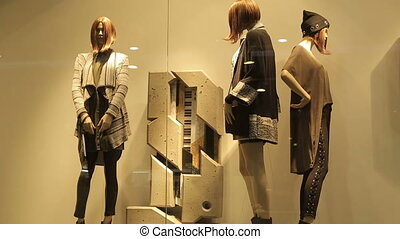 Mannequins In Fashion Clothes Shop - Mannequins in fashion...