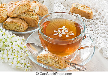 Cup tea - Transparent cup herbal tea and homemade cantuccini...