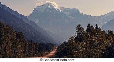 MtRobson - Mount Robson, British Columbia, Canada