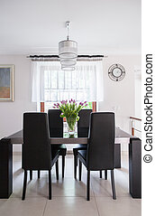 Sunny dining room - Tasteful and sunny dining room in the...
