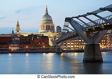 St Paul cathedral and Millennium bridge - St Pauls cathedral...