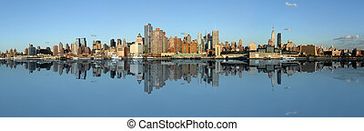 Skyline, New York - Manhattan panoramic Skyline, New York...