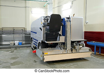 Ice resurfacing machine - The machine for resurfacing ice in...